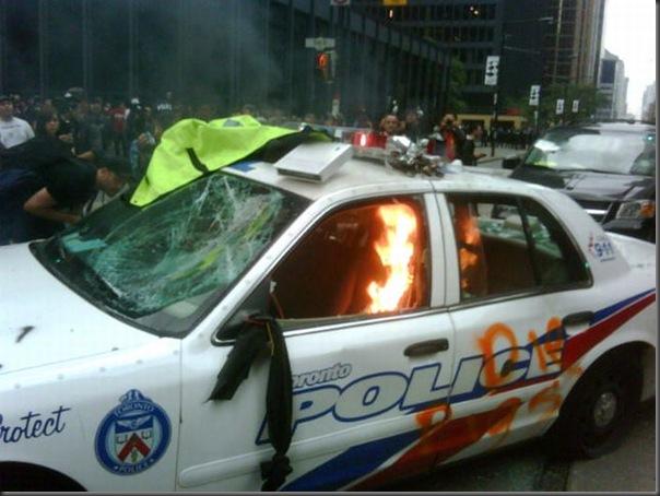 Manifestantes em Toronto contra o G20 (1)