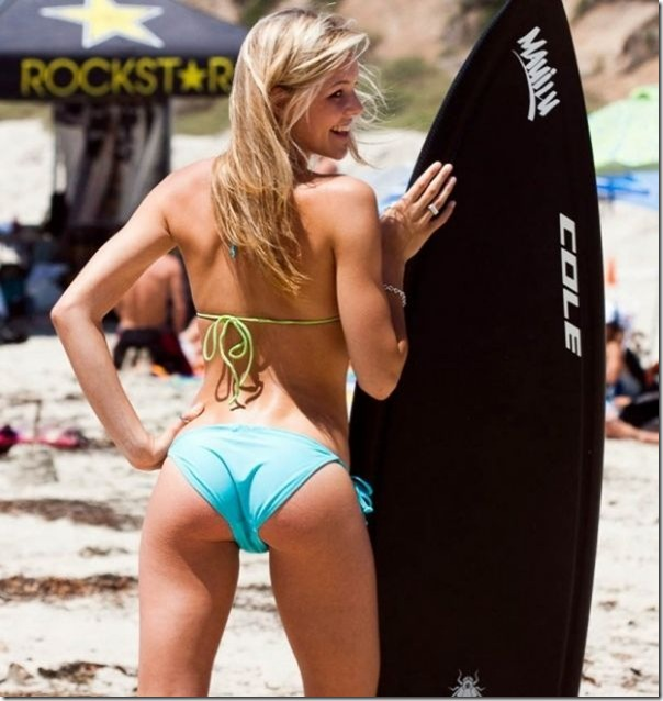 As bundas das surfistas (15)