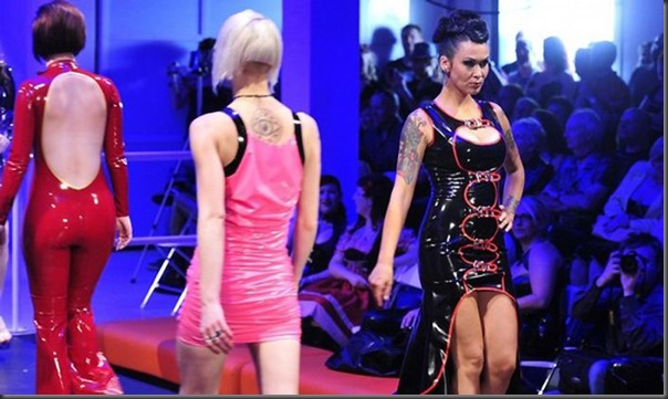 Latex Fashion Show 2010 em Hamburg (8)