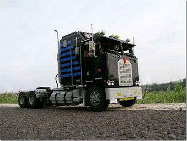 Caminhões em lego