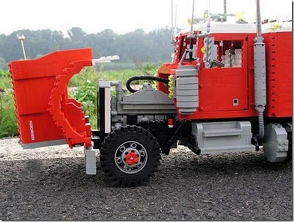Caminhões em lego (13)