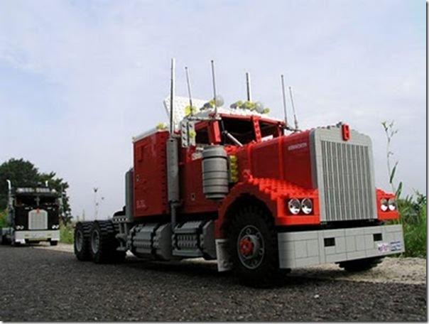 Caminhões em lego (10)