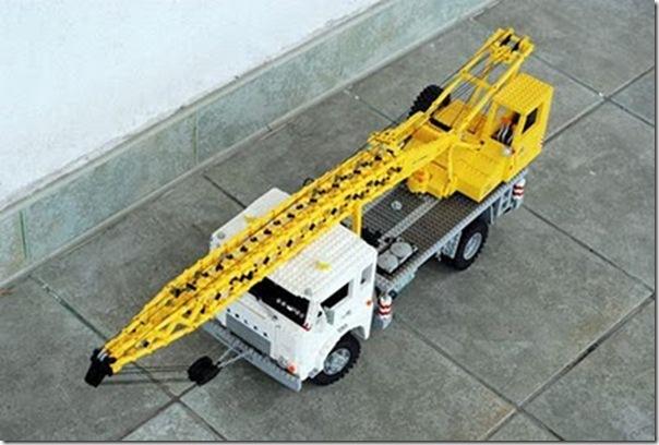 Caminhões em lego (9)