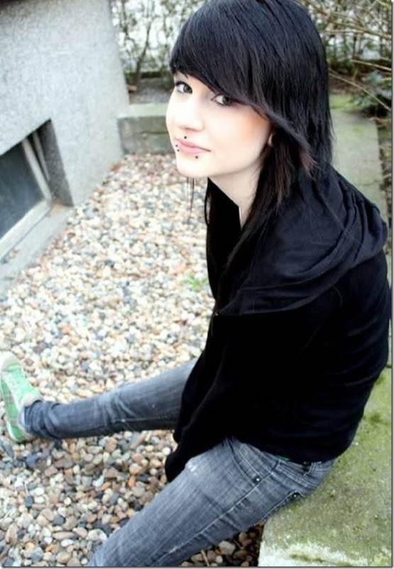Belas garotas emos morenas (20)