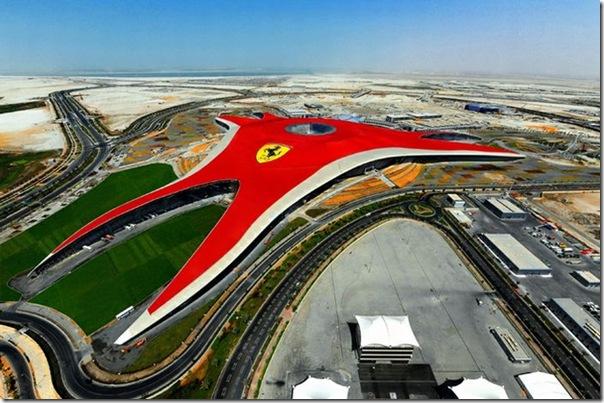 Ferrari World Abu Dhabi nos Emirados Árabes (9)
