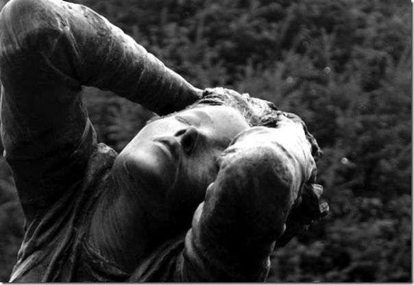 Esculturas no Cemitério (8)