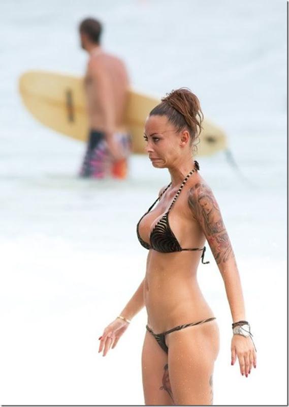 Bela garota tatuada (5)