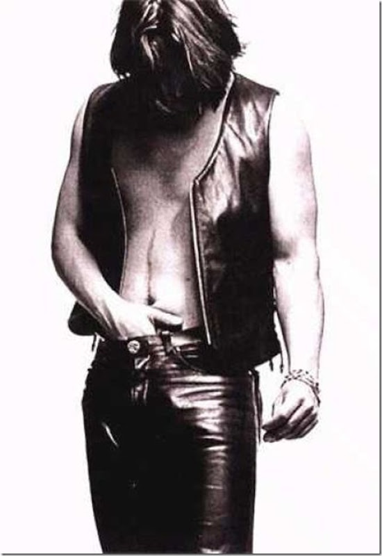 Fotos estranhas de Keanu Reeves (13)