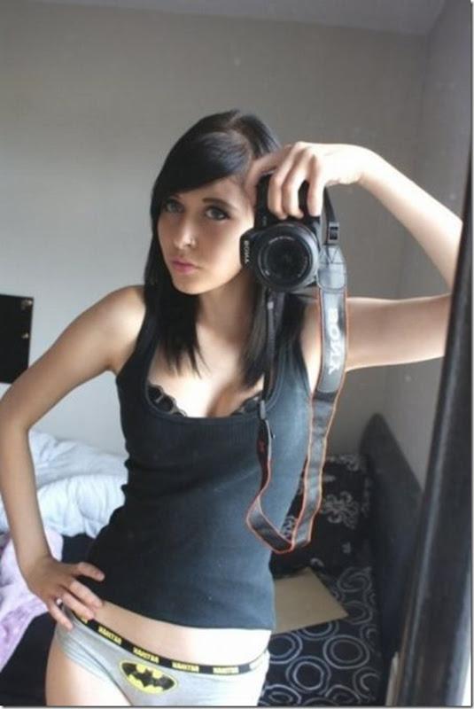 Garotas sexys com calcinhas nerds (35)