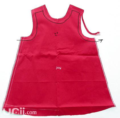 طريقة خياطة فستان طفلة 4538827691