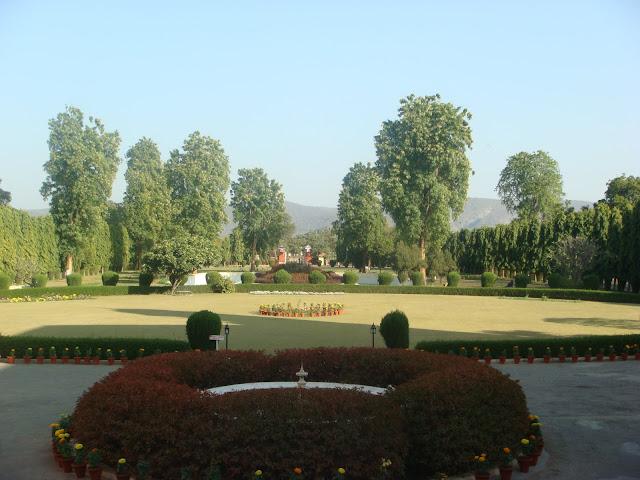 Garden in Sariska Palace