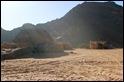 Aún quedan familias enteras (padres, hijos, nietos) viviendo todo el año en el Jabal Akakus