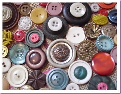 Buttons as a bag decoration