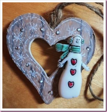 Snowman Wooden Heart tag 1