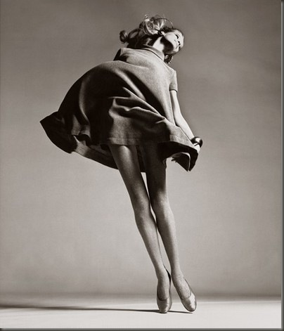 veruschka-dress-by-bill-blass-new-york-january-1967-richard-avedon