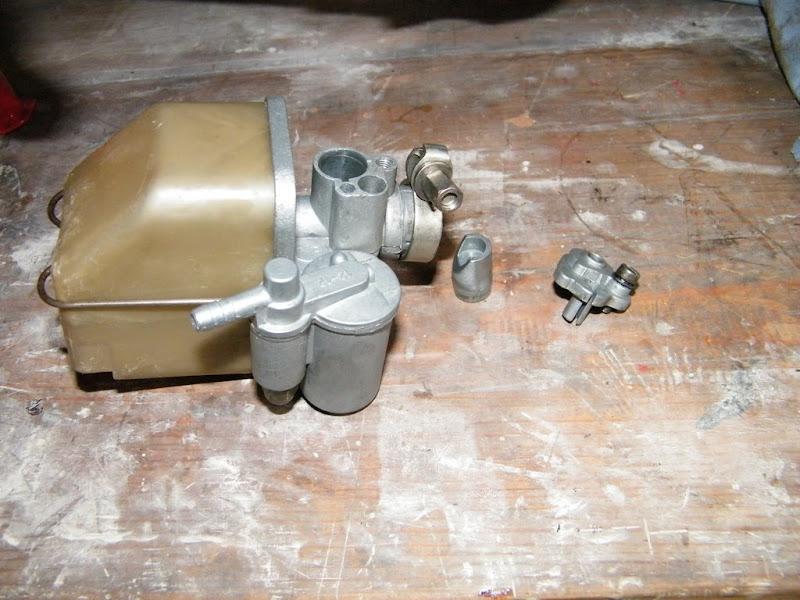 Restauración Mobylette AV-188 - Página 2 7%20oct%20008