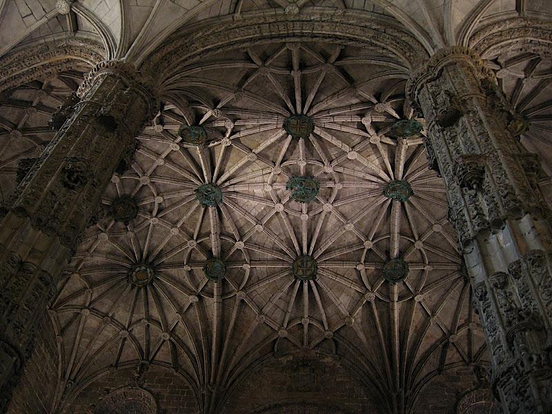 Lisboa: sostre del monasterio de los Jerónimos de Belém