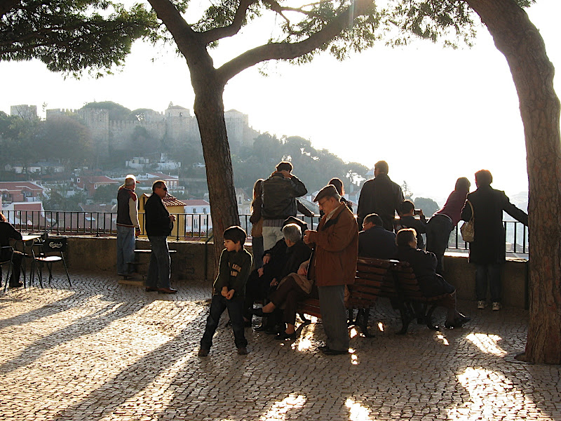 LIsboa: gent (II)