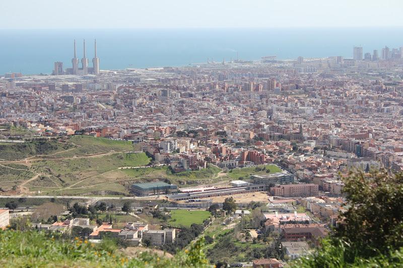 Vista de Badalona des del Puig Castellar