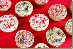 dreamstimefree_7013735 Cupcakes