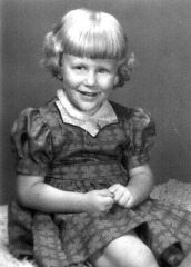 Judith Lynn Ostlund, Fall 1954, 3.5 yrs old