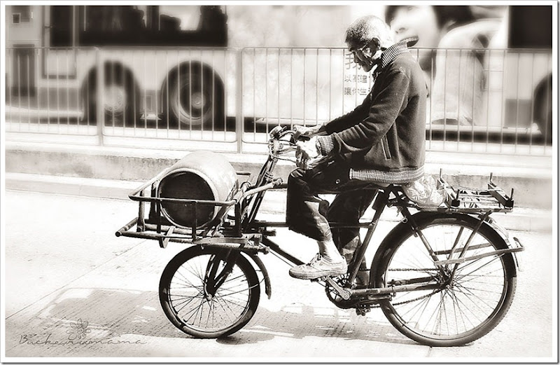 old-man-on-bike
