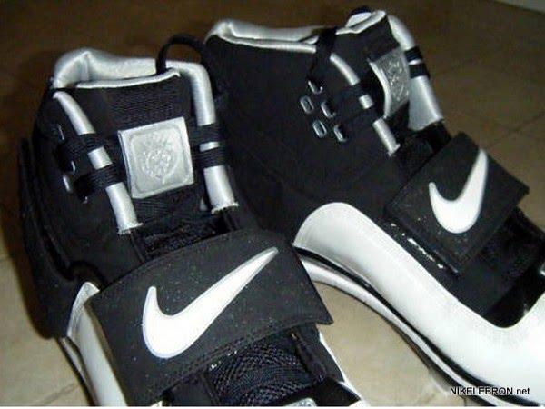 Nike Zoom Soldier PE 8211 LeBron James8217 Baseball Cleats