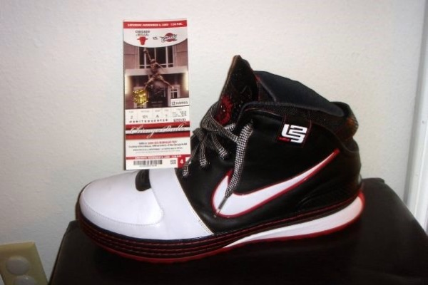 LeBron James' Zoom LeBron VI Game Worn Player Exclusive ...