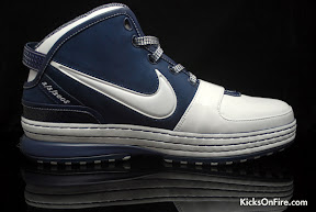 nike zoom lebron 6 gr white navy black 5 01 General Release Zoom LeBron VIs   Black   Navy   New Photos
