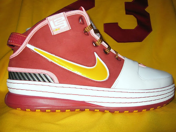 Upcoming House of Hoops  Asia Exclusive LeBron 6s