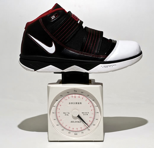 Will Zoom Soldier III Take Down the Hyperdunk