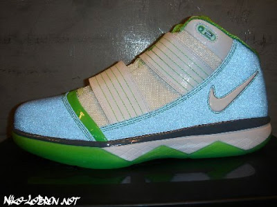 nike zoom soldier 3 gr dunkman 2 02 Part Two... Second Look at the Dunkman Nike Soldier 3 w/3M