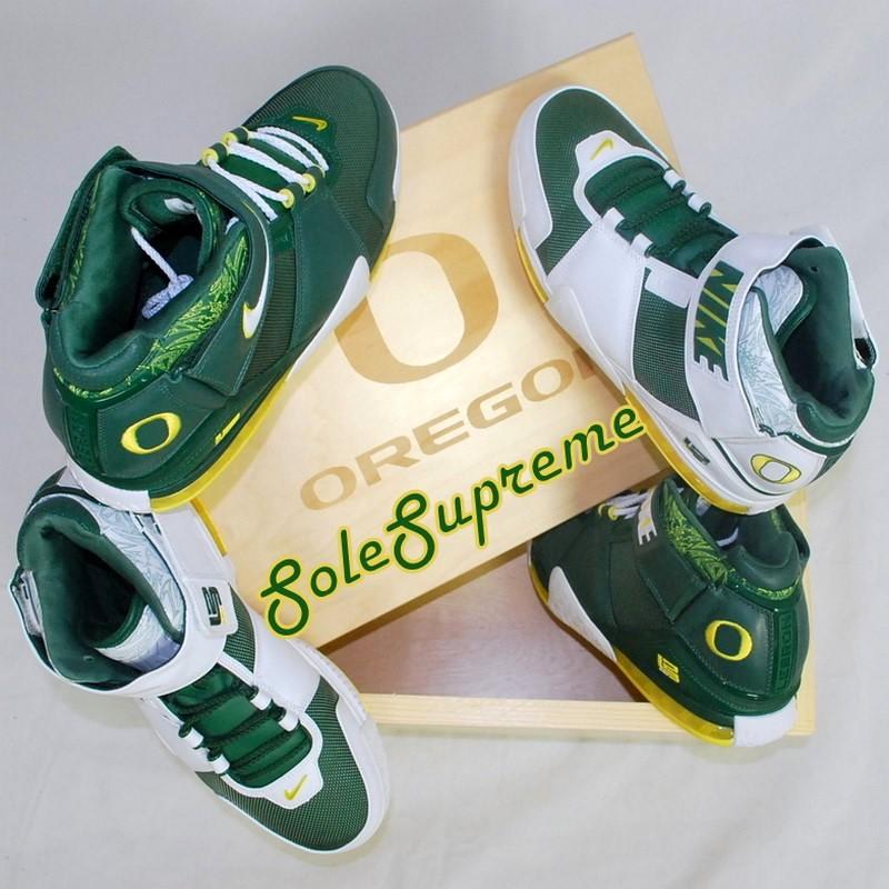 ... Throwback Thursday Nike Zoom LeBron II Oregon Ducks PEs Set ... 1b6b6edf2c25
