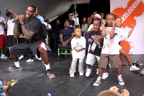 Recap From LeBron James8217 King For Kids Bikeathon in Akron
