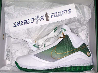 nike air max lebron 7 mtag new york world tour 2 28 New York City Limited Edition Air Max LeBron VII Actual Photos