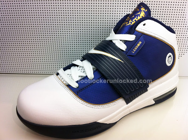 Detailed Look at the Nike Zoom LeBron Soldier IV Akron University
