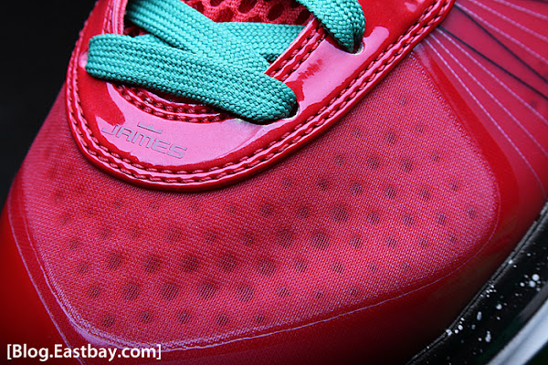 Nike Air Max LeBron 8 V2 Christmas Day Special 8211 December 25th