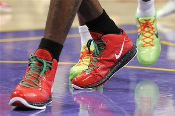 LeBron Has Triple Double Jaws With Kobe as Heat Take Down Lakers on Christmas Day