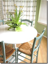 nook table chairs 3