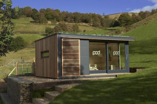 Minimalist Eco-Friendly Garden Building Design