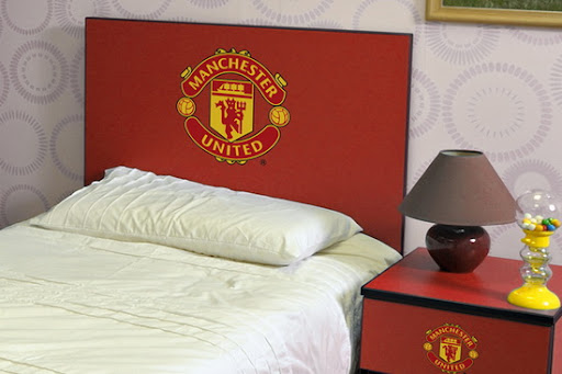 themed bedroom ideas for boys man utd