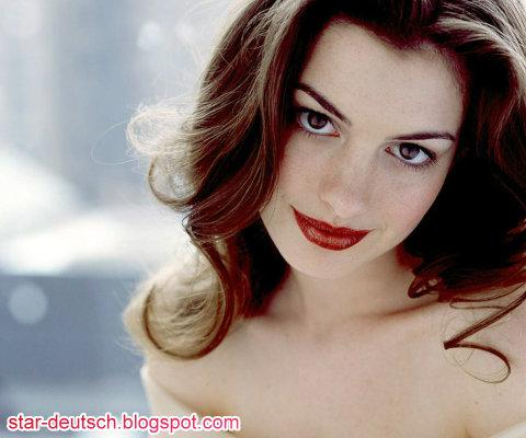 麻雀變公主女主角-安海瑟薇 Anne Hathaway