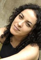 """Marcia Tibura autografa """"O Manto"""" no Vira Cultura"""