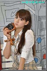 Han-Ga-Eun-Nikon-School-Girl-08