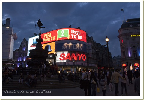 Picadilly Circus-8