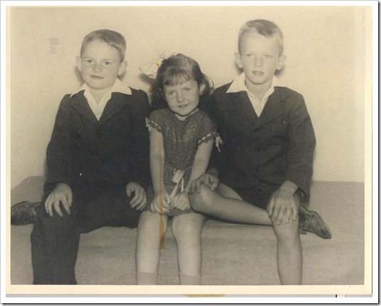 Mike, Linda, John as kids