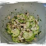 salata de ciuperci marinate si dovlecei (3).JPG