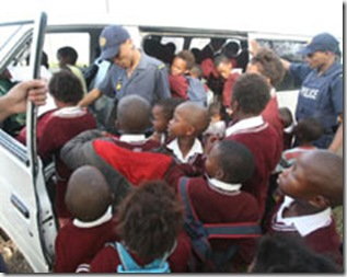 48kids In One Minibus South Africa Deon ferreira Beeld May222009