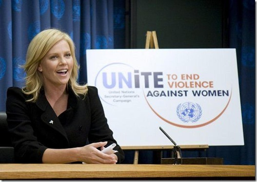 Actrice Charlise Theron lanceerde Rape Crisis centrum in ZA tegen verkrachtingsepidemie