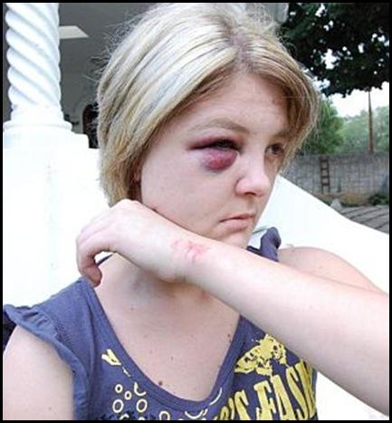 Coetzer Wilma Standerton attacked police brought suspects to her flat Nov 292009 Beeld